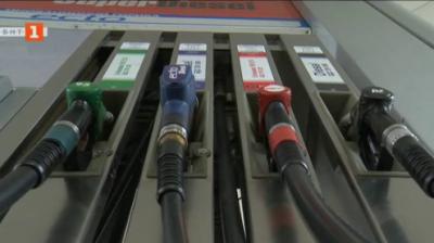 Цената на горивата - очаква се поскъпване с 5 до 7 ст. до края на годината