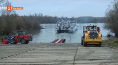 Възстановяват фериботната линия Русе - Гюргево