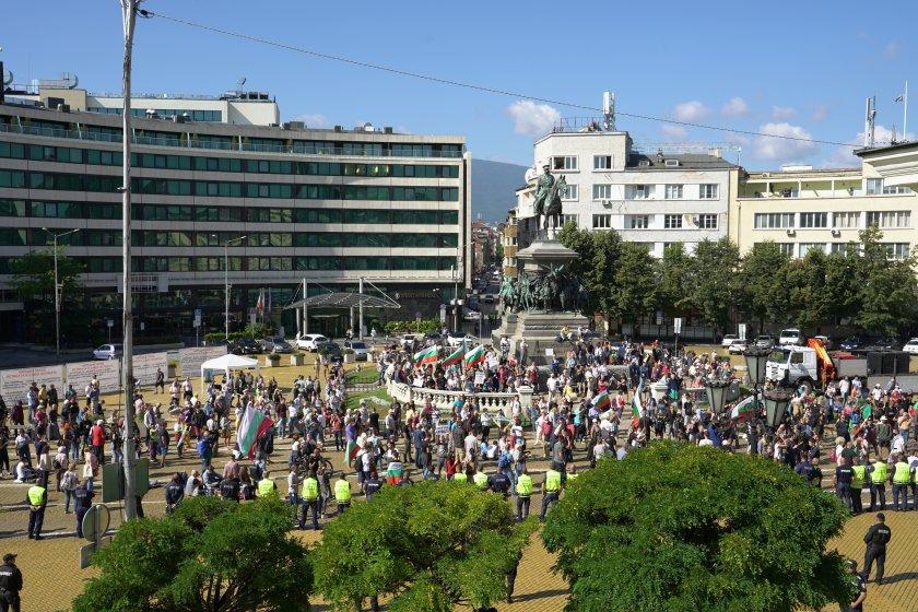 Власт и протести - вариантите за излизане от политическата криза