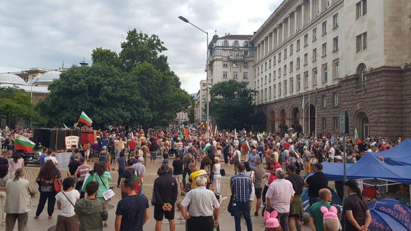 Гражданската енергия на протестите – докъде ще стигне общественото недоволство