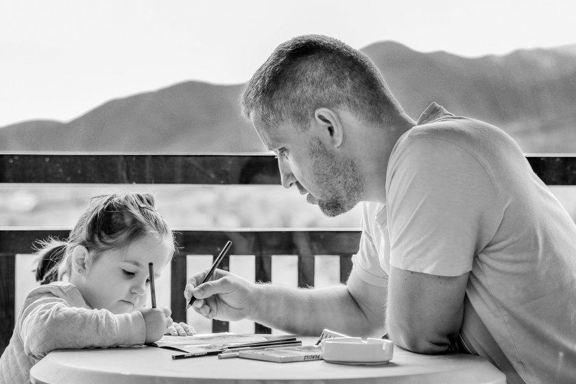 Отношенията между бащите и техните дъщери