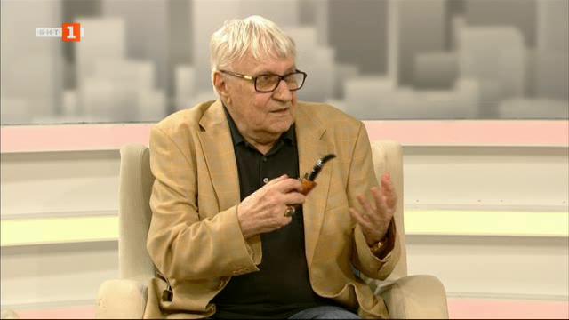 """Проф. Андрей Пантев - гост в """"Извън играта"""""""