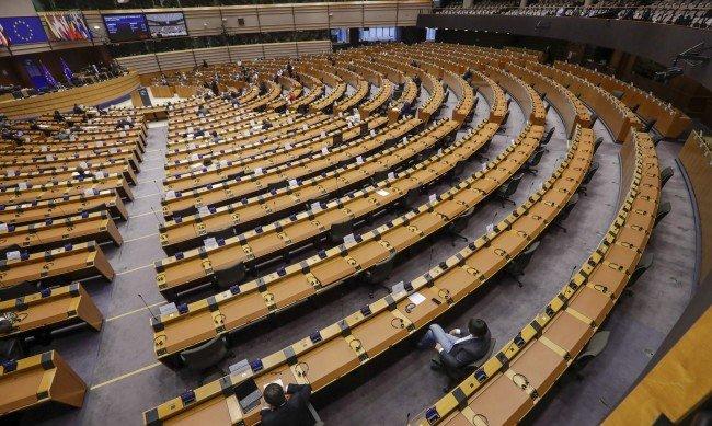 Какво ни казва ЕП с резолюцията за България?
