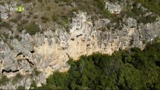 "Скалният манастир-лавра ""Св. Архангел Михаил"""
