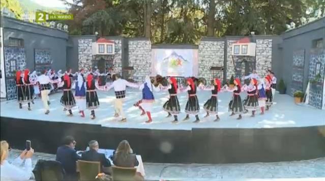 """Шесто издание на фестивала """"Сандански пее, заиграва – Пирина разлюлява"""""""