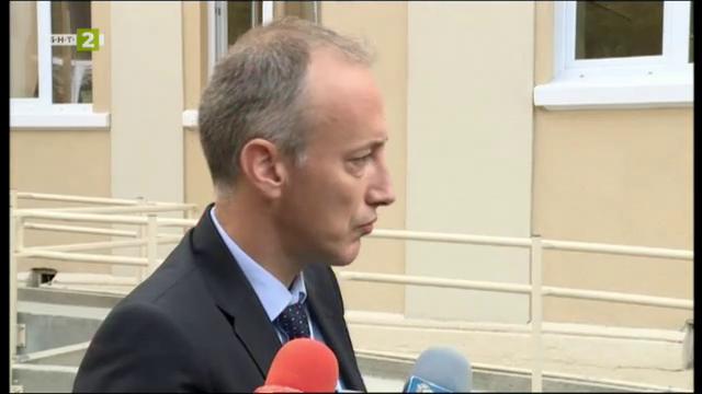 Министър Красимир Вълчев: Училището трябва да съчетава различните методи