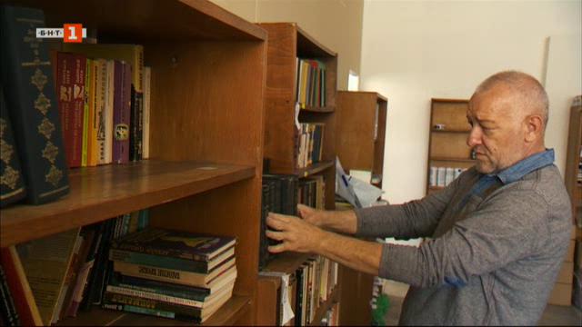 Николай, който превръща спасяването на стари книги в своя кауза