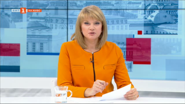 Социални разходи на фона на протести - гост министър Деница Сачева