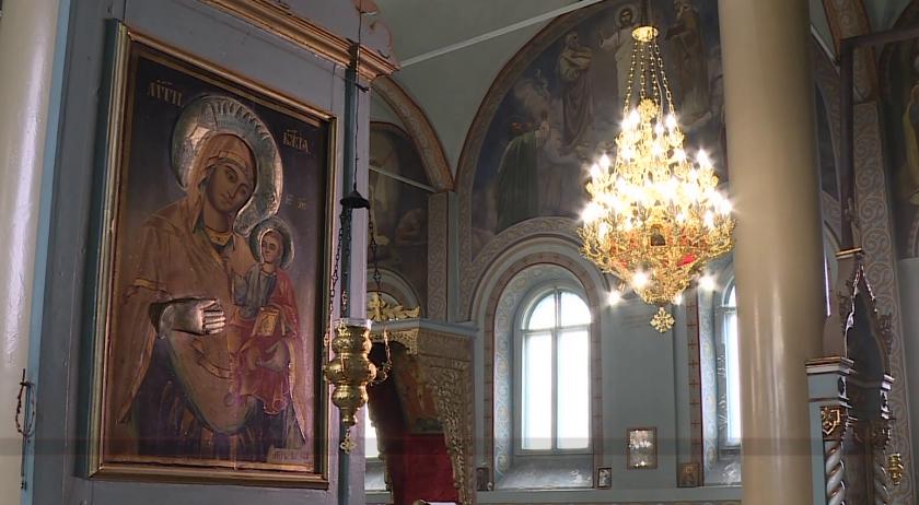 """Храмът """"Св. Николай Мирликийски Чудотворец"""" в Тутракан"""