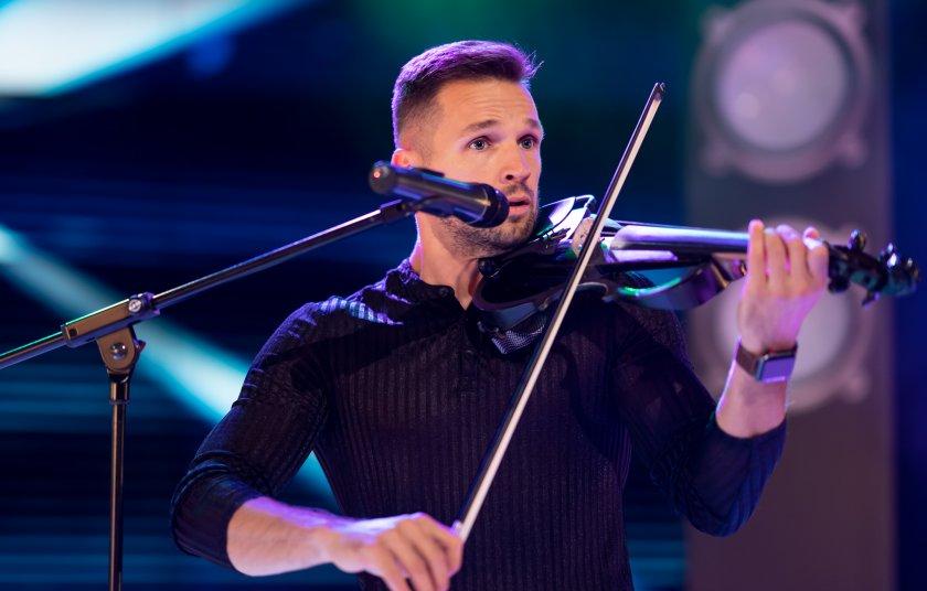 Рапиращият виртуозен цигулар Свет Радославов