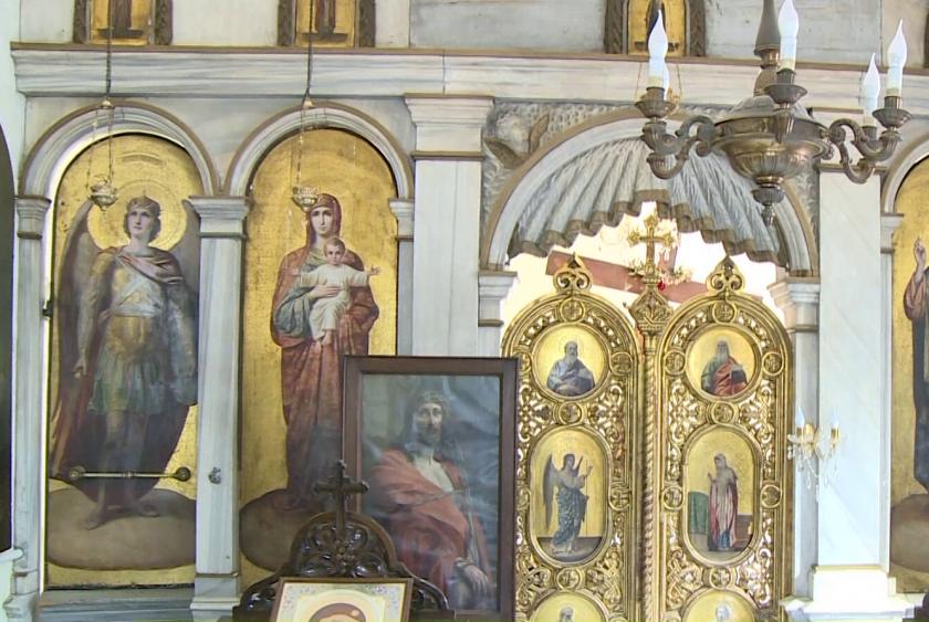 Ученици реставрираха 80-годишни иконостаси