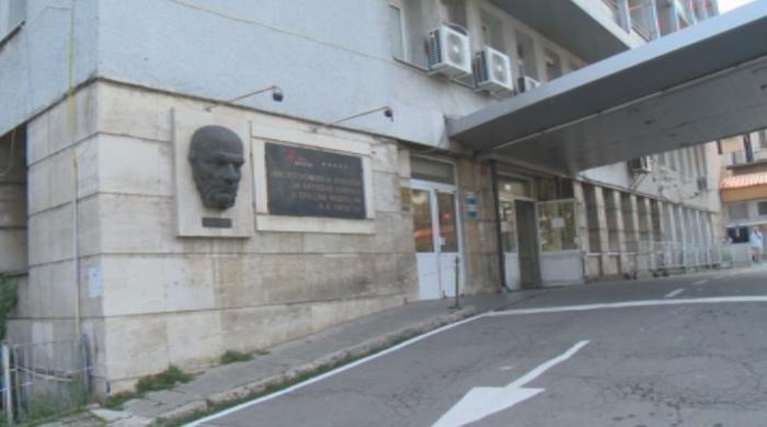 """Как работи болница """"Пирогов"""" в условията на пандемия"""