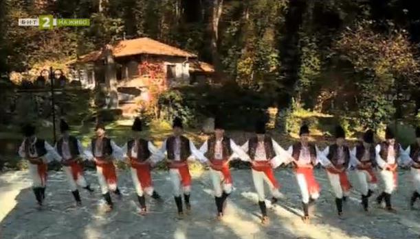 """Ансамбъл """"Варна"""" - 60 години опазване на фолклорното наследство"""