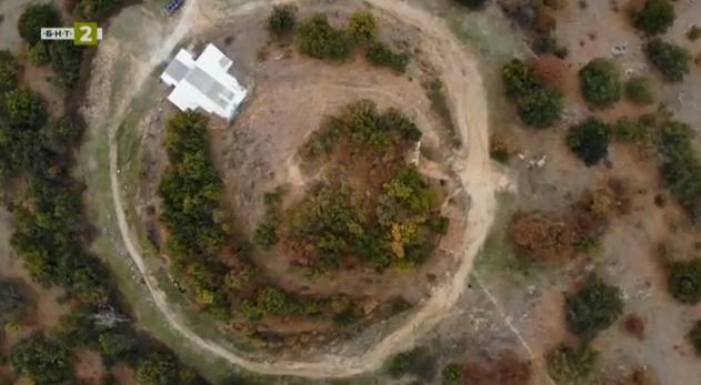 Тракийски култов център край Старосел