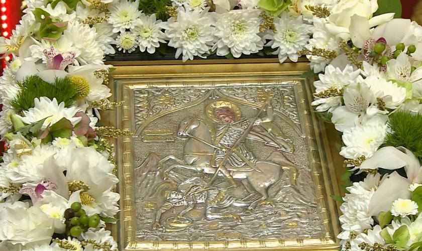 """Църквата """"Св. Димитър Солунски"""" в с. Калипетрово"""