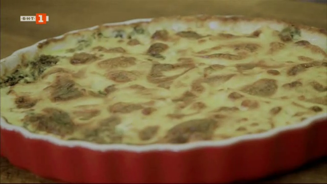 Картофен тарт със спанак и сирене и пиле с лимон, розмарин и пресни картофи