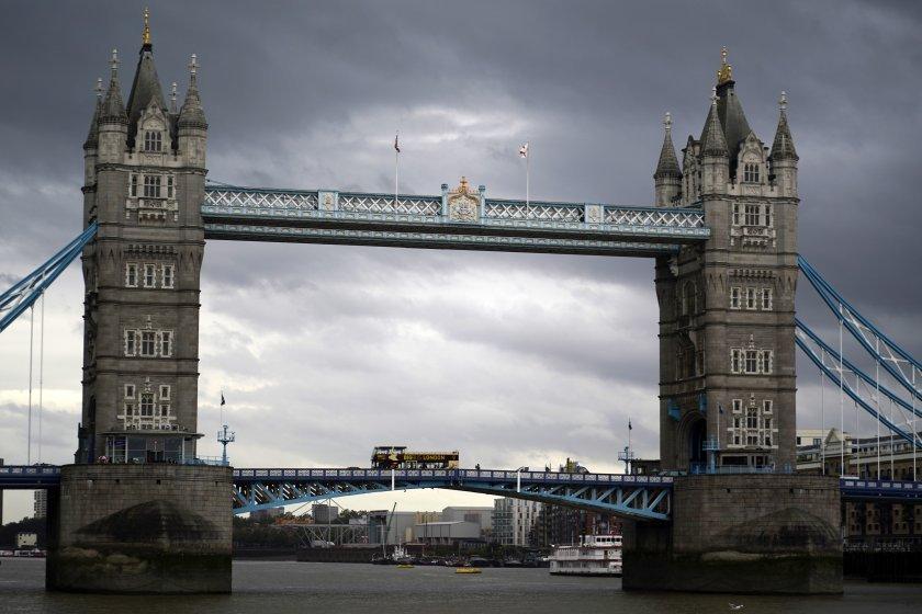 Тревогите на политиците във Великобритания за отношенията и специалната връзка със САЩ