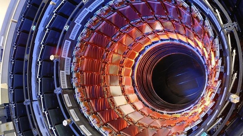Репродукция на сътворението - ускорителят за елементарни частици в ЦЕРН