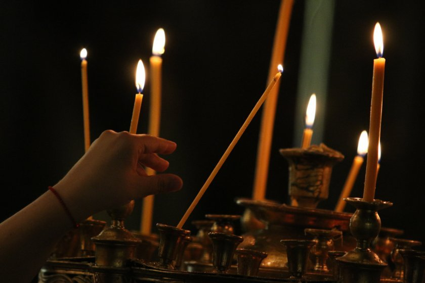 Мерките за безопасност в храмовете по време на Рождество Христово