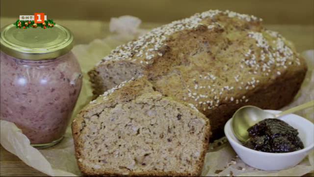Пълнозърнест хляб със семена и домашен пастет