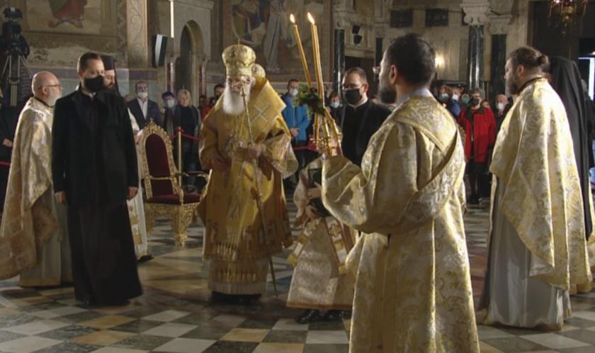 Празнична Света литургия за Рождество Христово
