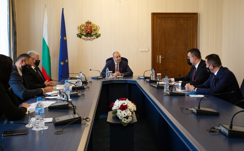 President Radev discussed the hosting of the Three Seas initiative with the Bulgarian Development Bank