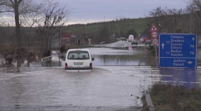 Bourgas district after the floodings: village of Debelt is most affected, Ahtopol-Rezovo road is closed