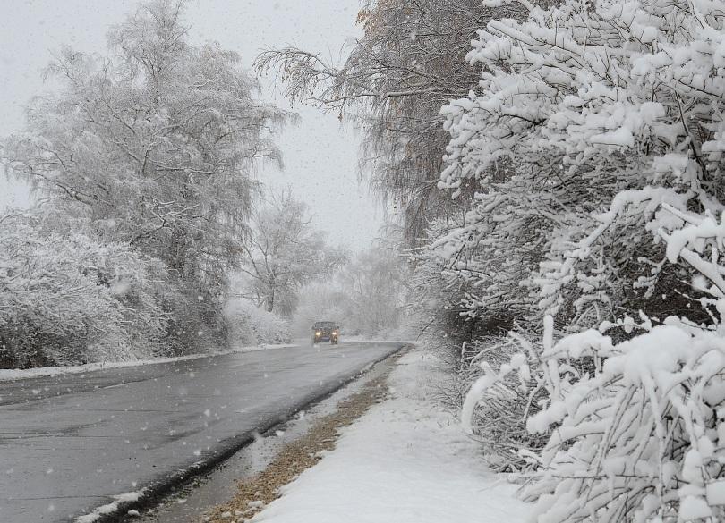 Обстановката в Югозападна България остава напрегната заради обилните дъждове и снеговалеж