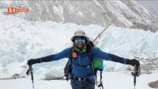 """Алпинистът Атанас Скатов ексклузивно за """"100% будни"""" от подножието на К2"""