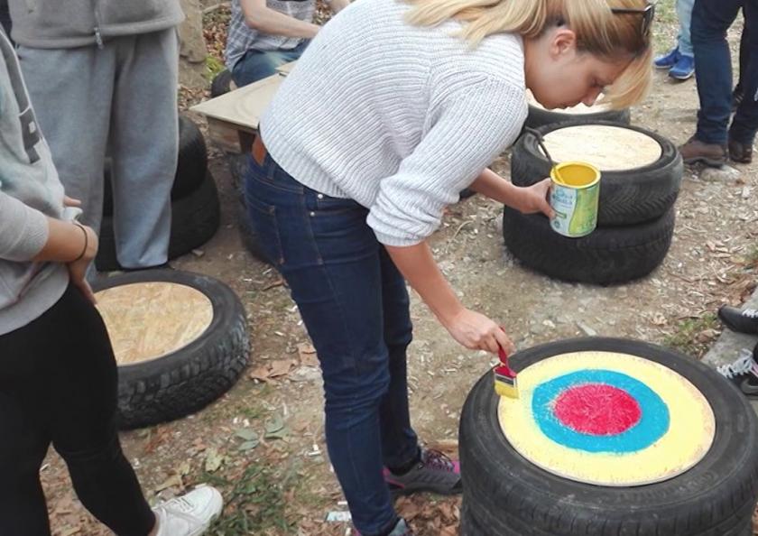 Доброволци помагат на селата