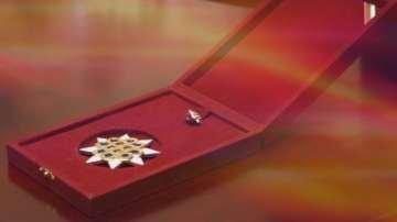 """Проф. Венелин Терзиев с награда """"Златен век"""""""