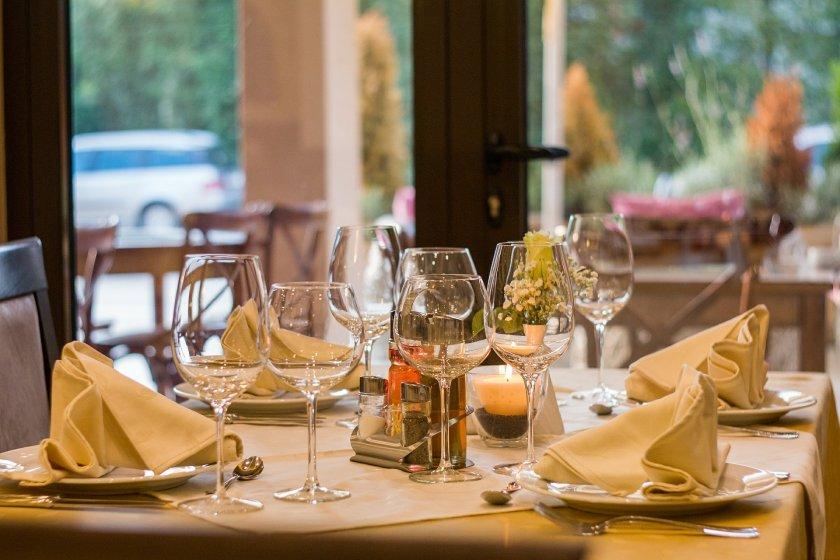 Готови ли са ресторантите да отворят от 1 март и при какви условия