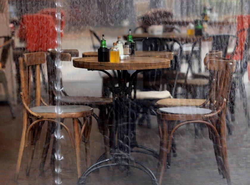 Ще се васкинират ли ресторантьорите преди 1 март?