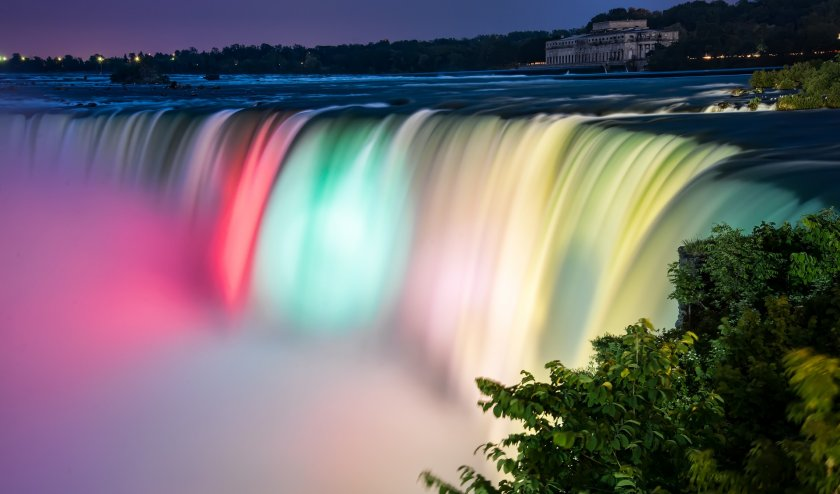 За първи път Ниагарският водопад ще изгрее в цветовете на българското знаме