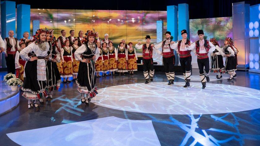 """Ансамбъл """"Зорница"""" гостува в """"Иде нашенската музика"""""""