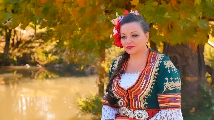 Среща с граовската певица Сорина Богомилова