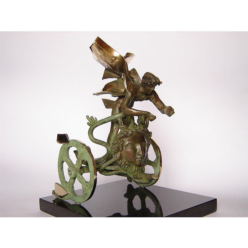 """Скулптурата като артефакт - изложба на Димитър Чонов в галерия """"Възраждане"""""""