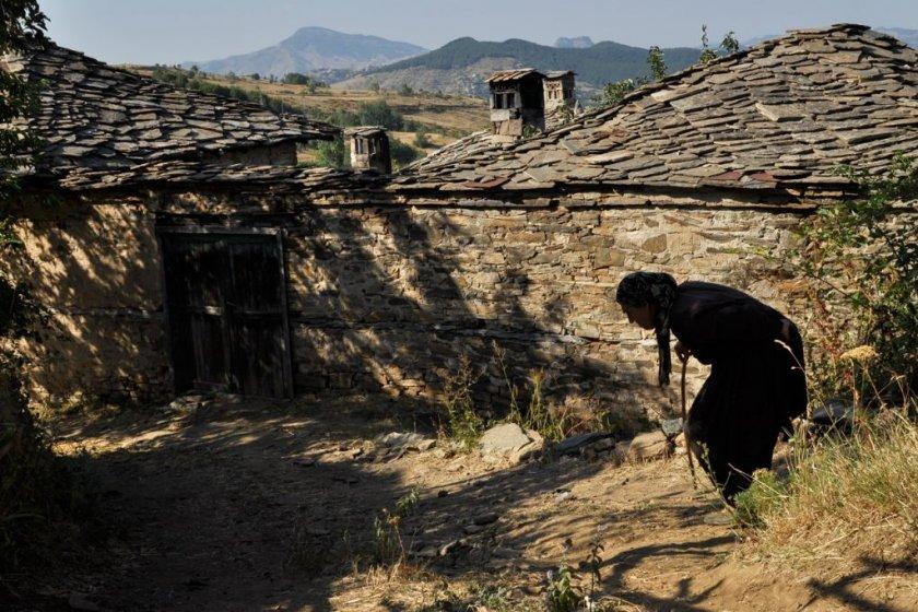 Българското село през обектива на социалния фотограф Ивелина Берова