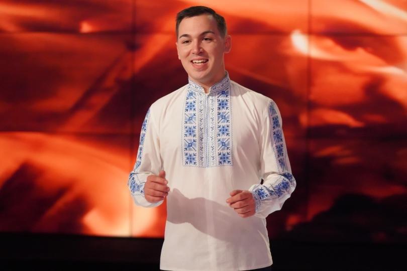 Изпълнителят на народни песни от гр. Попово - Петър Кирилов