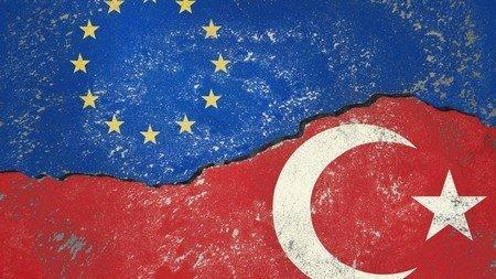 ЕС и Турция - ще продължи ли затоплянето в отношенията и споразумението за мигрантите