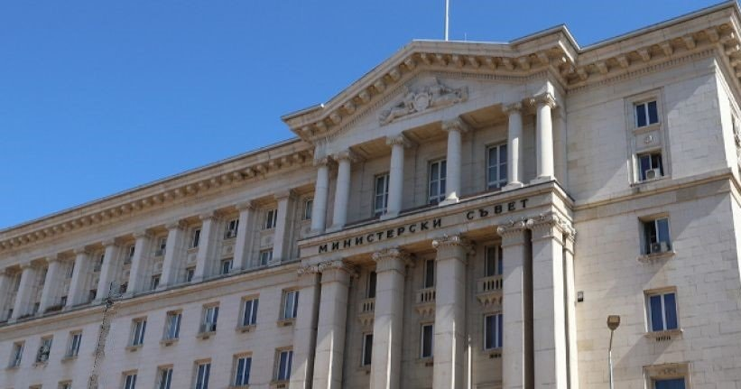 Предсрочни парламентарни избори или кабинет през третия мандат? Какви са вариантите?