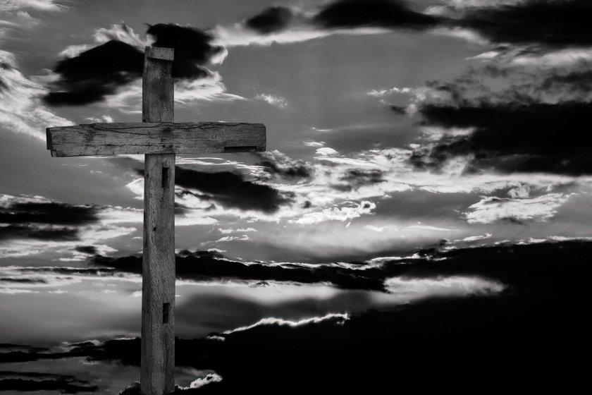 На Разпети петък - за силата на вярата, страданията, молитвите и традициите