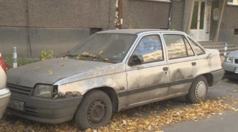 В Русе стартира кампания за премахване на старите и изоставени автомобили
