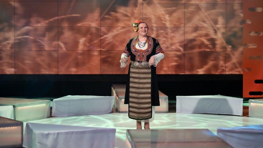 Кюстендилската народна певица Слава Соколова