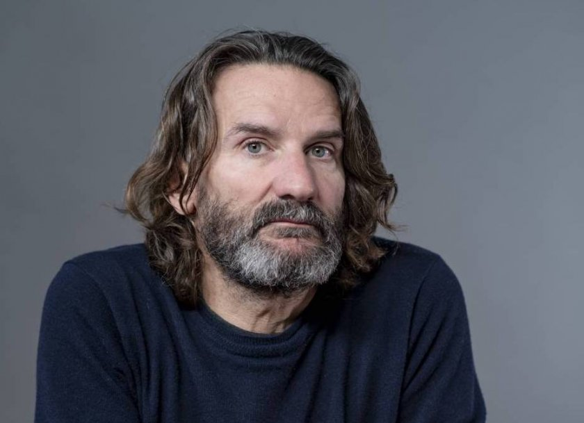 """Фредерик Бегбеде за неговия нов роман """"Човекът, който плаче от смях"""""""
