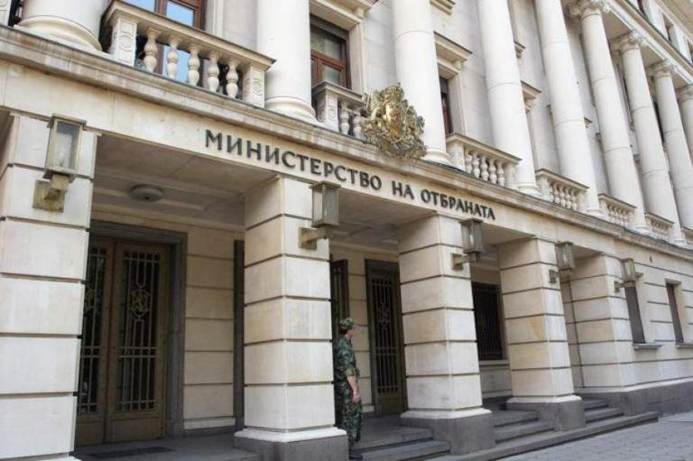Проверки във Военното министерство. Говори служебният министър Георги Панайотов