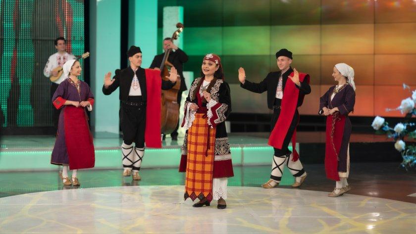 Красиви родопски песни от Еличка Кръстанова - 15.05.2021