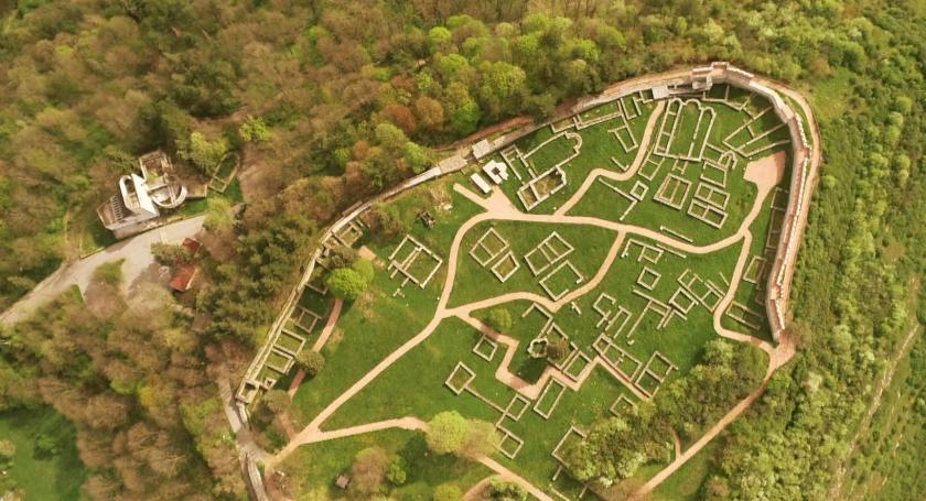 Крепостта Перник