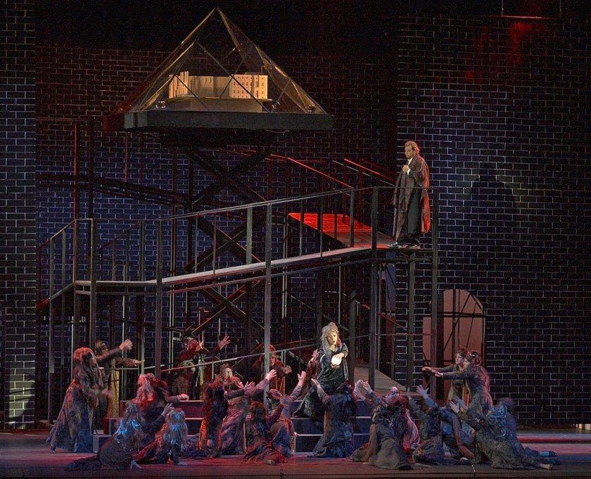 """Световни оперни звезди в """"Бал с маски"""" на Софийската опера и балет"""