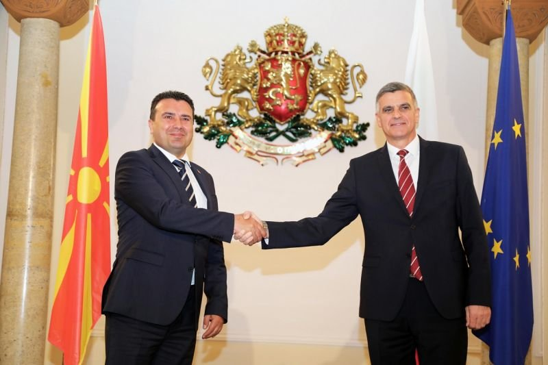 Има ли напредък в отношенията между България и Република Северна Македония след посещението на Заев